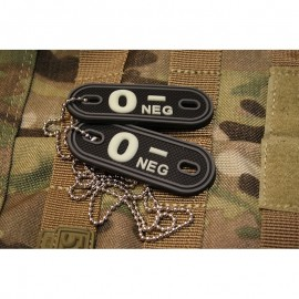 JTG DOG TAGS BLOODTYPE 0 NEG. GLOW IN THE DARK